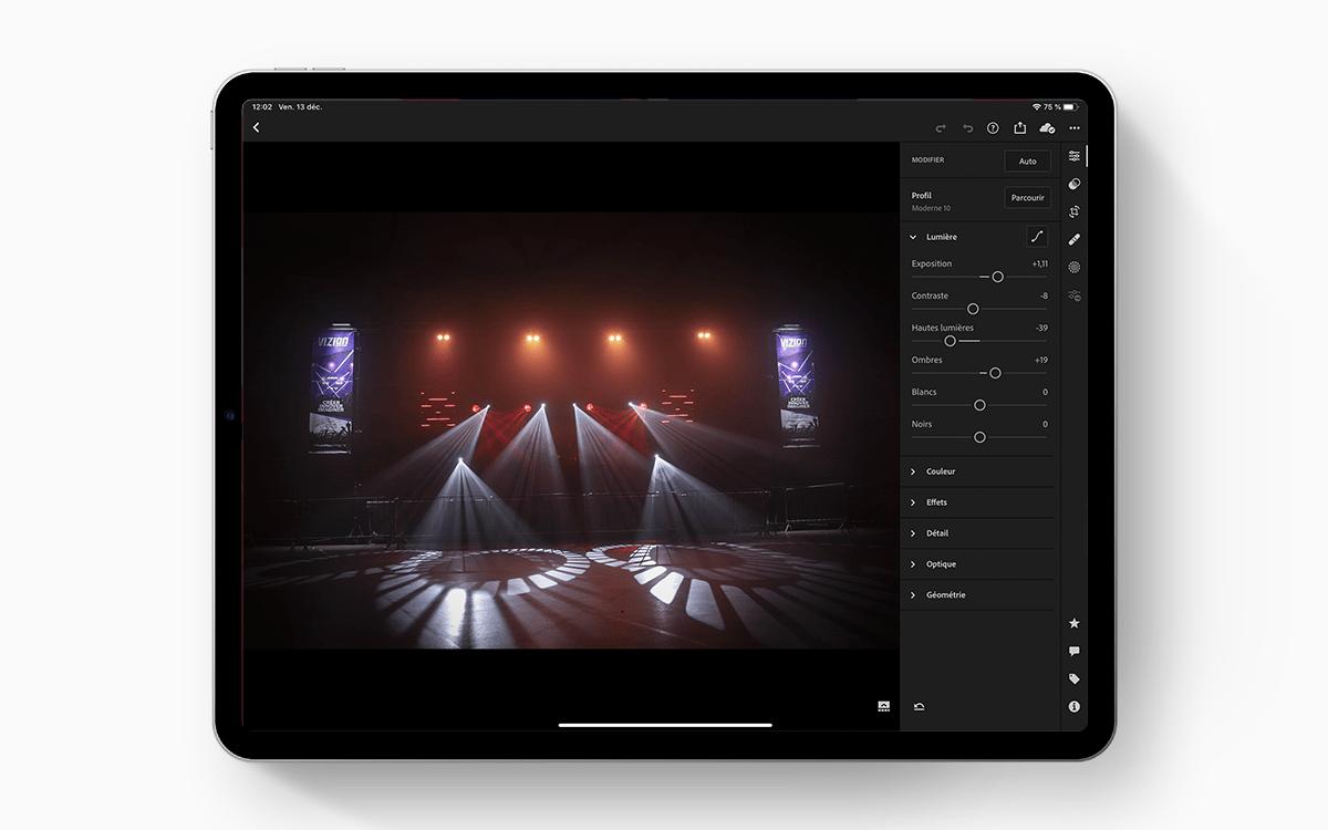 Mockup PSD FREE – iPad Pro + Pencil 2018
